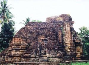800px-Chaiya_Wat_Kaew